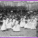 desfile-de-mujeres-el-dia-del-trabajo